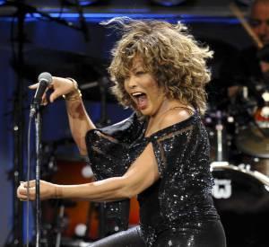 Tina Turner : son chauffeur et ami avait affirmé à la presse allemande que la chanteuse avait été victime d'un AVC, une information démentie par le porte-parole de la star.