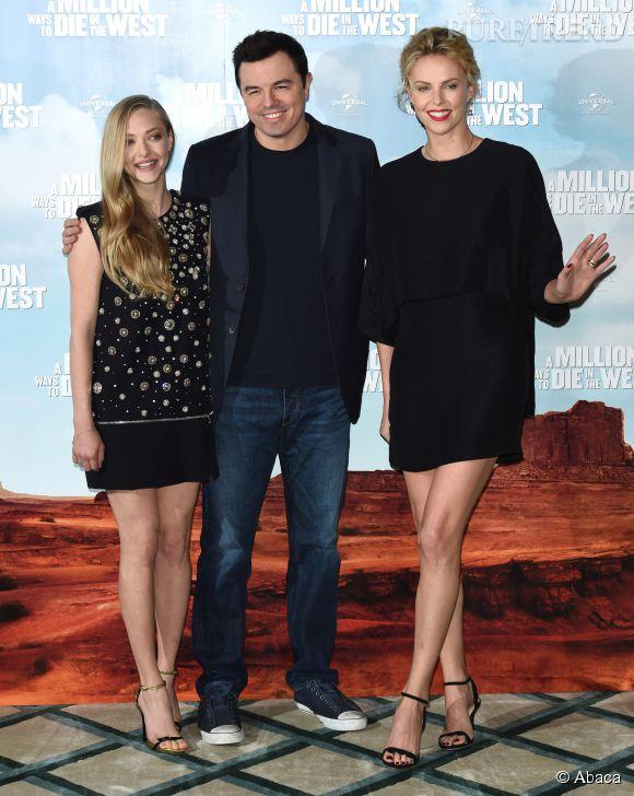 Charlize Theron et Amanda Seyfried étaient sublime aux côtés de Seth MacFarlane à l'avant-première d'Albert à l'ouest, à Londres le 27 mai 2014.