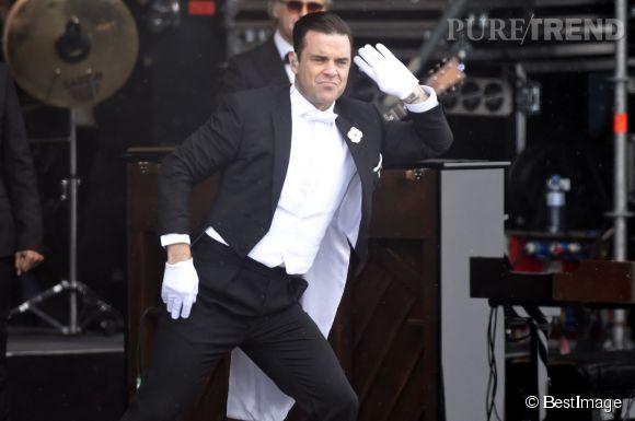 En ce moment, Robbie Williams est en tournée dans toute l'Europe.