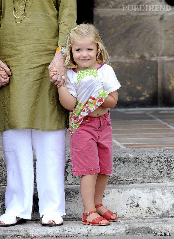 Sofia, soeur cadette de Leonor, en août 2010.