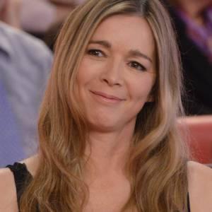 Hélène Rollès en 2012 sur le plateau de Vivement dimanche.