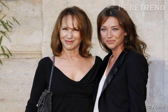 Nathalie Baye et sa fille, Laura Smet. La ressemblance est frappante, le sourire identique.