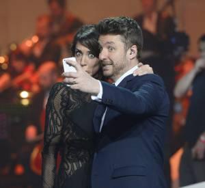 Bruno Guillon et Virginie Guilhaume, un selfie délirant en plein plateau lors des Victoires de la Musique en février 2014.