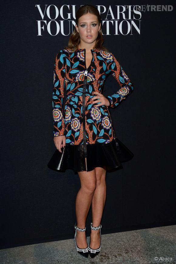 Adèle Exarchopoulos en Louis Vuitton Croisière 2015 à la soirée de la Vogue Foundation à Paris le 9 juillet 2014.