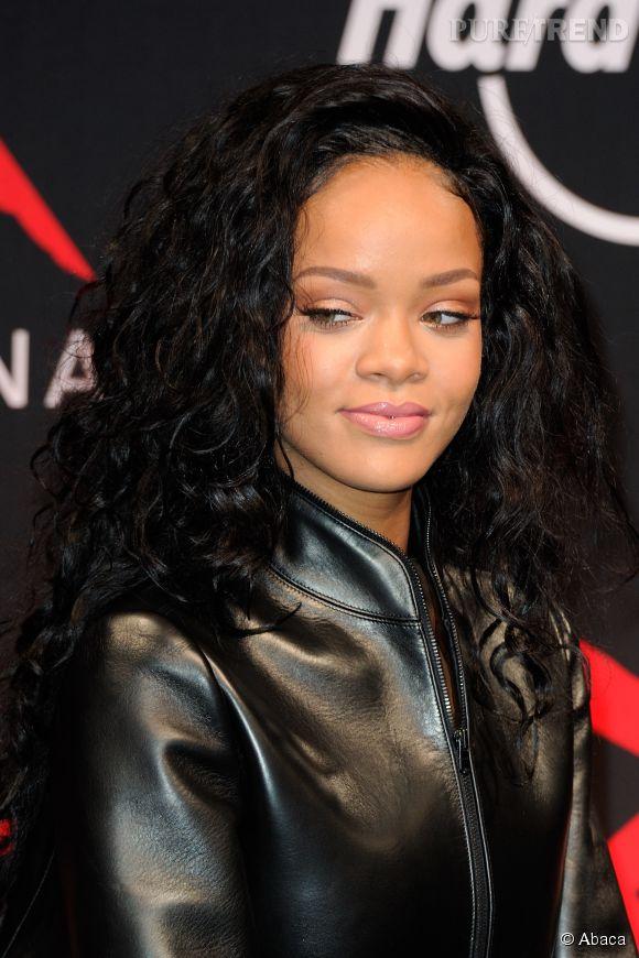 Rihanna vs Shy'm : elles arborent toutes deux le piercing au septum sur Instagram !