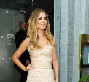 """Cheryl Cole : une mariée sexy pour le lancement de son parfum """"Storm Flower"""""""