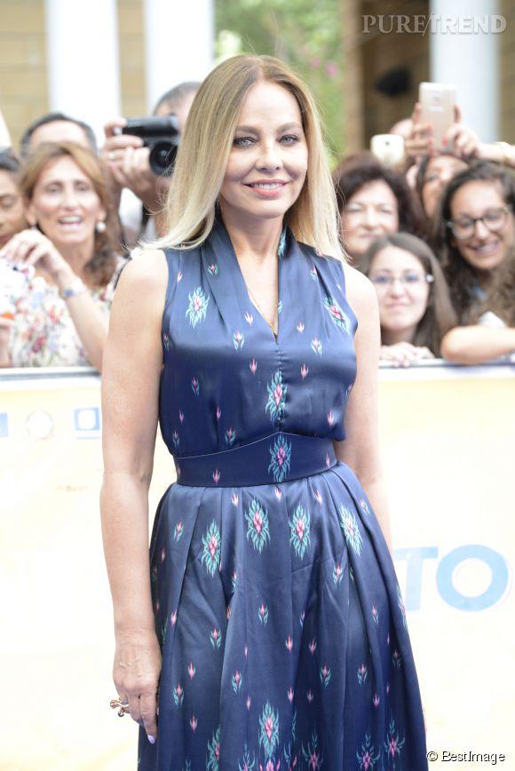 Ornella Muti, divine sur le red carpet du festival du film pour enfant Giffoni en Italie. L'actrice ne fait pas ses 59 ans.