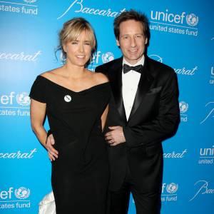 David Duchovny et sa femme Tea Leoni en décembre 2009 lors d'un bal pour l'UNICEF à New York : séparés en 2008, ils officialise ainsi leur réconciliation qui sera de courte durée.