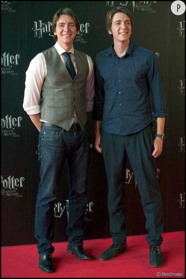 Oliver et James Phelps jouent le rôle des frères jumeaux de Ron alias Fred et george Weasley.