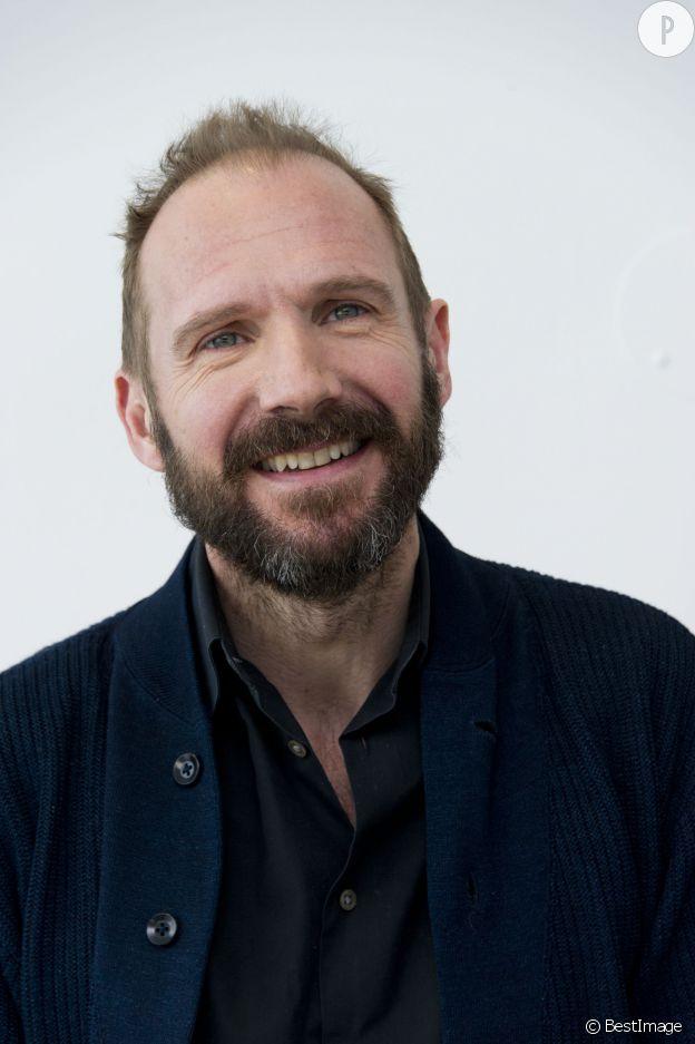 """Ralph Fiennes est Voldemort dans """"Harry Potter""""."""