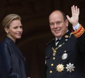 Le prince Albert II de Monaco mouille le maillot avec le Ice Bucket Challenge