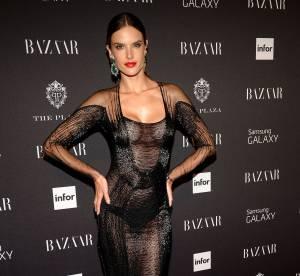 Alessandra Ambrosio : pas de soutien-gorge mais une petite culotte bien visible