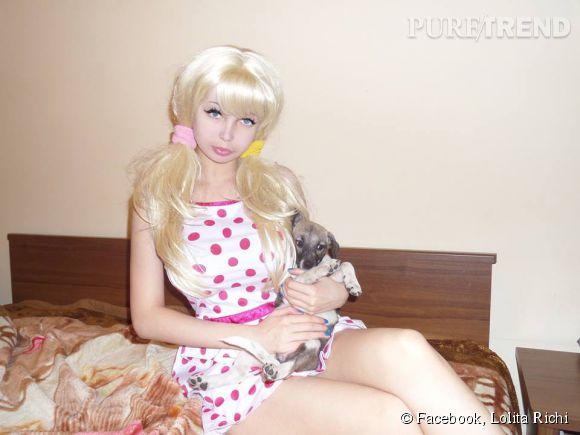 Lolita Richi cultive sa ressemblance avec la poupée Barbie.