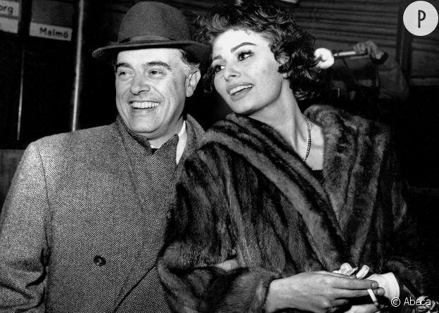 Sophia Loren et son mari Carlo Ponti en janvier 1958.