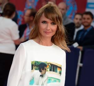 Axelle Laffont : lumineuse et amoureuse sur le red carpet de Deauville