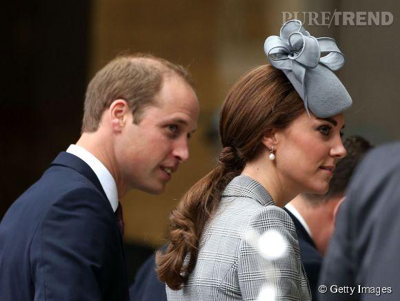 Kate Middleton était très en beauté pour cette première sortie depuis l'annonce de sa seconde grossesse. On adore sa pony tail et son bibi.