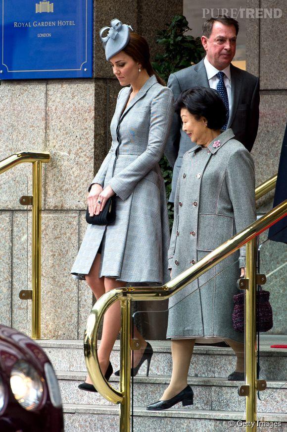 La duchesse de Cambridge est apparue à Londres ce 21 octobre 2014, sa première apparition officielle depuis le début du mois de septembre.
