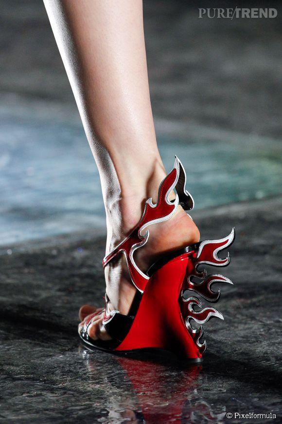 Été 2012 Chaussure Prada Du Défilé Printemps Puretrend wqrIXrAn