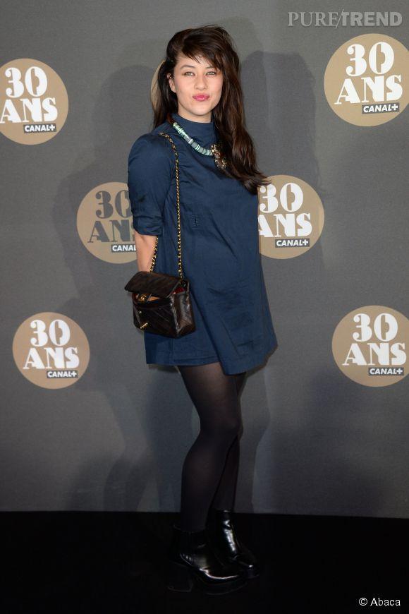 Mylène Jampanoï, la petite robe bleu nuit de la soirée des 30 ans de  Canal+ .
