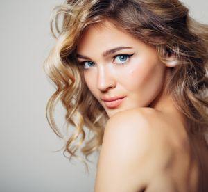 Cheveux colorés ou méchés : 7 erreurs à éviter absolument