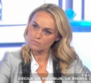 """Cécile de Ménibus dans """"Salut les Terriens !"""" samedi soir sur Canal+."""