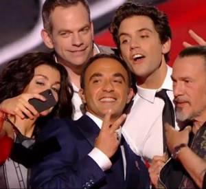 """Garou ne fera pas partie du jury de """"The Voice"""" la prochaine saison, mais les autres coachs sont ravis d'accueillir Zazie à sa place."""