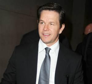 """Mark Wahlberg, le beau gosse fait des sacrifices pour interpréter le rôle-titre du film """"The Gambler""""."""