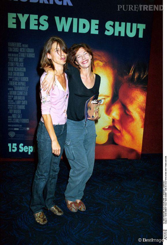 Jane Birkin et sa fille aînée, Kate Barry, en 1999. C'est ensemble qu'elles ont débarqué un beau jour à Paris.