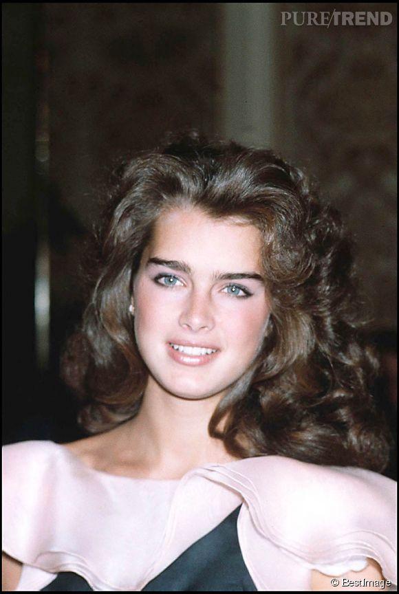 Brooke Shields en 1982 :  tout simplement canon, même en robe meringue.