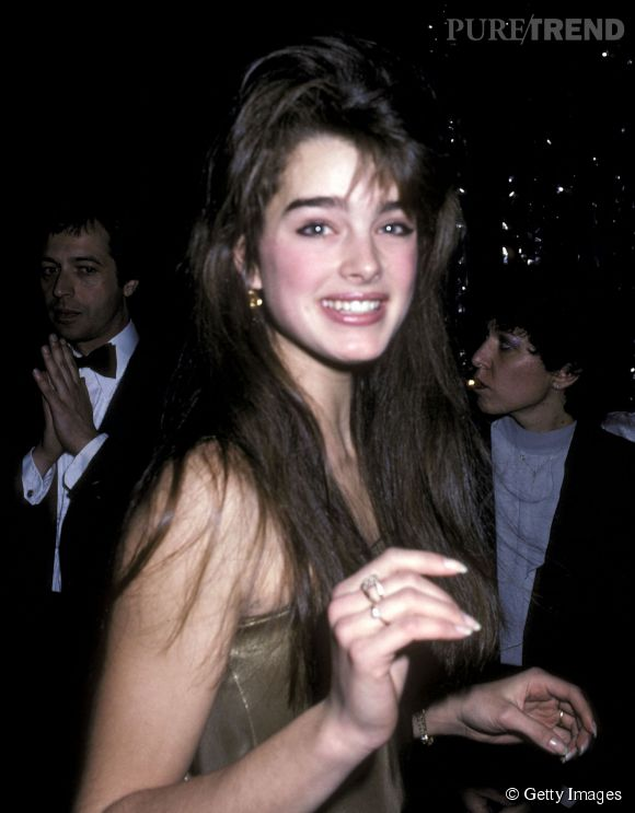 Brooke Shields en 1981 :  même le brushing lissé, l'actrice reste sublime.