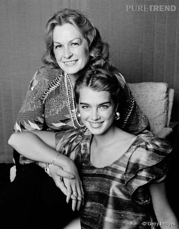 Brooke Shields en 1981 :  inséparable de sa momager de mère, Brooke et Teri Shields affichent une complicité à toute épreuve.