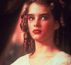 """Brooke Shields en 1978 : make up un peu chargé, Brooke a 13 ans et joue dans """"La Petite"""" de Louis Malle."""