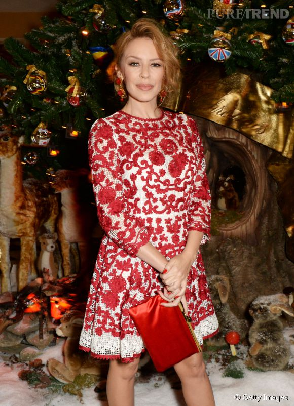Kylie Minogue lors de la soirée de Noël de Dolce & Gabbana au Claridge's à Londres le 19 novembre 2014.