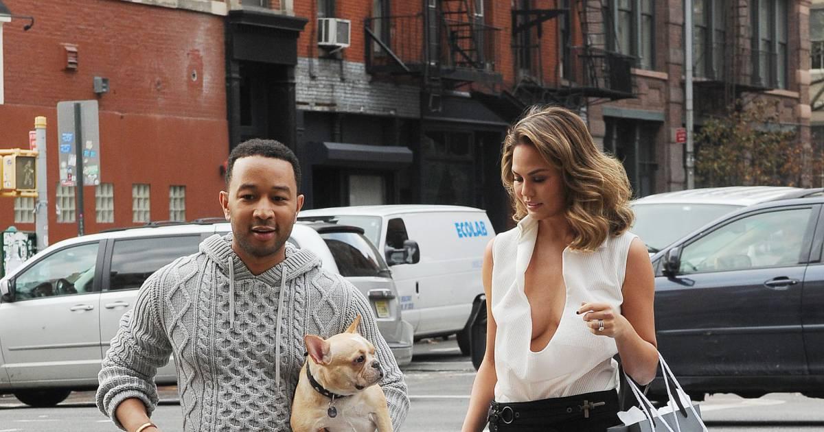 John Legend : Chrissy Teigen montre tout aux AMAs! - Actu