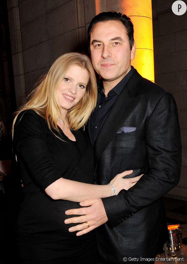 Lara Stone et David Walliams sont les heureux parents d'un petit garçon, né à Londres, le 5 mai 2013.
