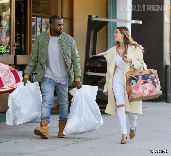 Kim Kardashian et son sac à 20 000$.