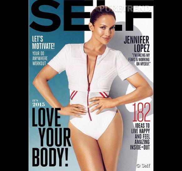 Jennifer Lopez, sculpturale à 45 ans en couverture du magazine Self (numéro du mois de janvier).