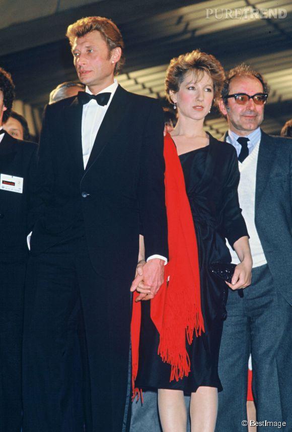 Johnny Hallyday et Nathalie Baye au Festival de Cannes en 1985. Ils sont  alors parents d\u0027une petite Laura.