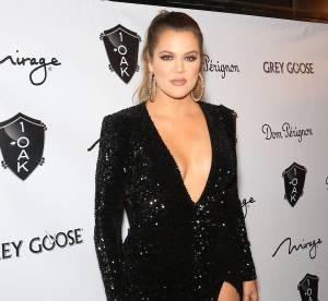 Khloe Kardashian : maxi fendu et décolleté, la brune pulpeuse en montre beaucoup