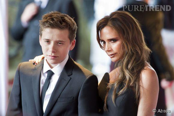 Brooklyn Beckham semble avoir pris goût à la mode, une passion certainement initiée par sa mère, Victoria Beckham.
