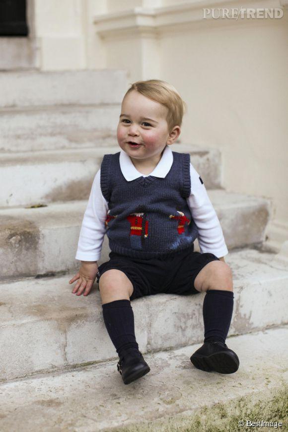 Le prince George a de quoi sourire : il a reçu plus de 700 cadeaux tout au long de l'année 2014.