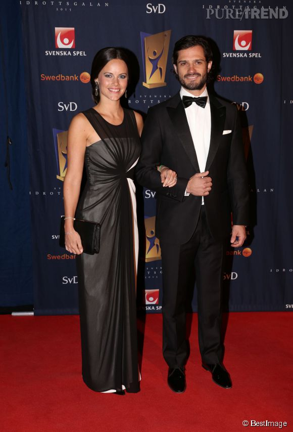 Carl Philip et Sofia Hellqvist, un duo glamour au Gala suédois des sports.