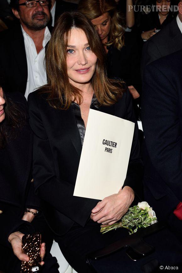 Carla Bruni en front row du défilé Jean Paul Gaultier Haute Couture Printemps-Eté 2015, hier.