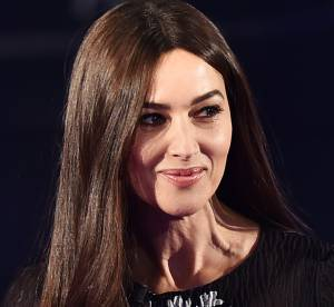 Monica Bellucci : beauté séductrice à la télé italienne, la quinqua nous épate !