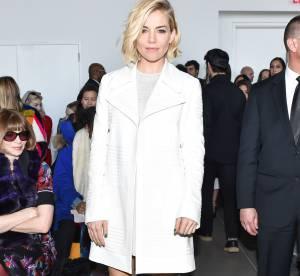 Sienna Miller : divine en blanc, elle fait craquer Anna Wintour