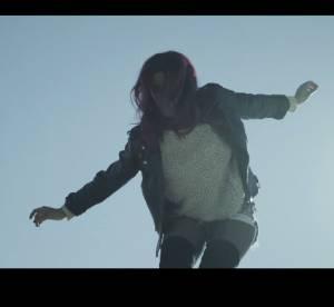 Shy'm sexy dans son nouveau clip : l'évasion en mini short