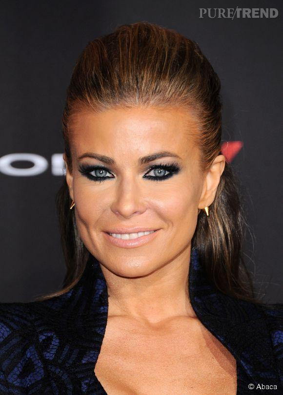 Carmen Electra n'a pas froid aux yeux qu'elle a très bleus.