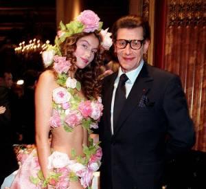 Lorsqu'elle était encore mannequin, Laetitia Casta a été la muse du couturier Yves Saint Laurent.