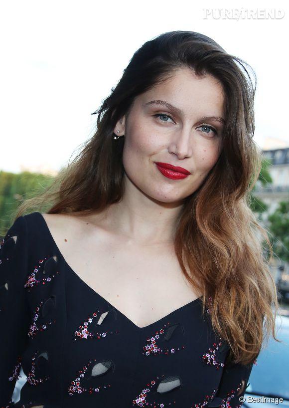 """Laetitia Casta est une romantique. Comme elle l'explique au magazine  Paris Match  : """" Se marier, c'est vieillir ensemble. En ce moment, ce n'est pas à l'ordre du jour. """""""