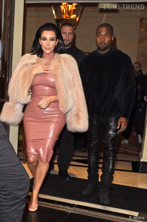 Kim Kardashian a visiblement emmené dans ses bagages toutes ses robes les plus sexy pour son opération séduction en Angleterre.